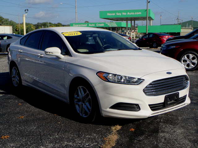 2016 ford fusion springfield mo never say no auto. Black Bedroom Furniture Sets. Home Design Ideas