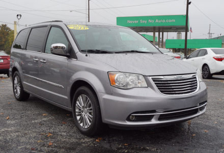 2013 Chrysler Town & Country Touring-L – Springfield MO